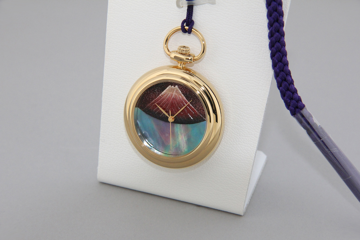 Urushi maki-e watches [JOGA]Mt. Fuji Upside Down